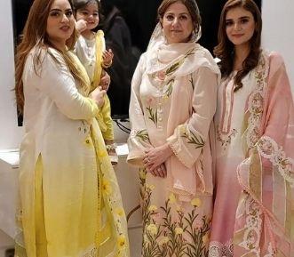 Tareez fashion banner